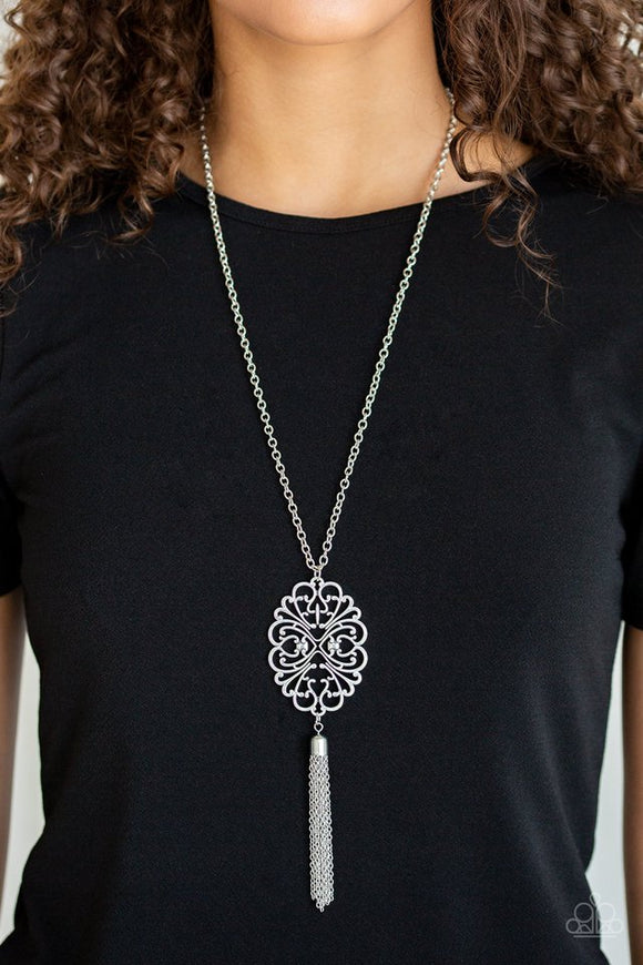a-mandala-of-the-people-silver-necklace-paparazzi-accessories
