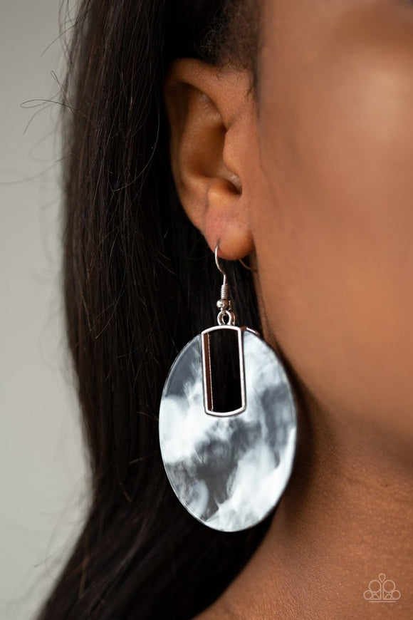 haute-heiress-black-earrings-paparazzi-accessories