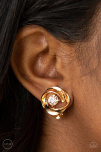 girl-whirl-gold-earrings-paparazzi-accessories