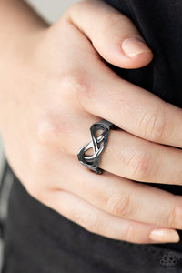 infinitely-industrial-black-ring-paparazzi-accessories