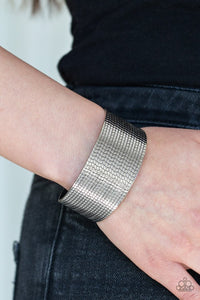 texture-trailblazer-silver-bracelet-paparazzi-accessories