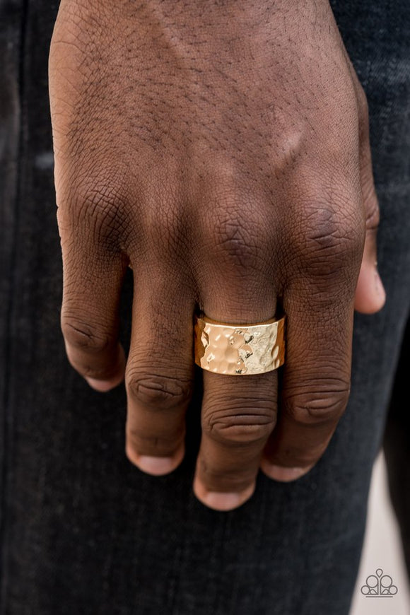 self-made-man-gold-ring-paparazzi-accessories