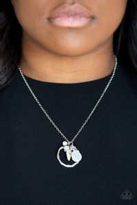 coastal-couture-silver-necklace-paparazzi-accessories