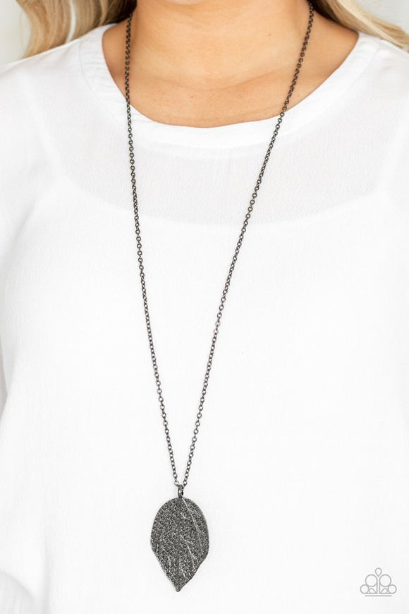 natural-re-leaf-black-necklace-paparazzi-accessories