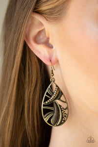 underestimated-brass-earrings-paparazzi-accessories