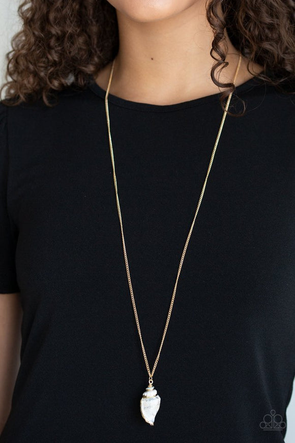 breaking-out-of-my-shell-gold-necklace-paparazzi-accessories