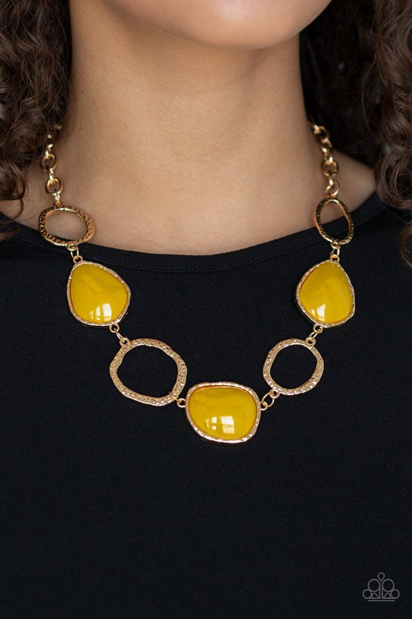 haute-heirloom-yellow-necklace-paparazzi-accessories