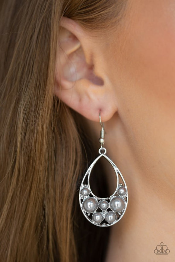 pearl-pop-silver-earrings-paparazzi-accessories