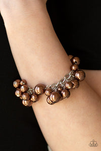 girls-in-pearls-brown-bracelet-paparazzi-accessories