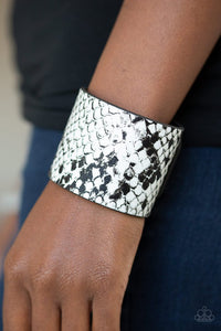 whats-hiss-is-mine-white-bracelet-paparazzi-accessories