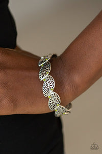 fall-flair-green-bracelet-paparazzi-accessories