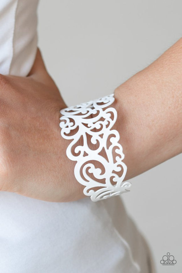 vine-and-dash-white-bracelet-paparazzi-accessories