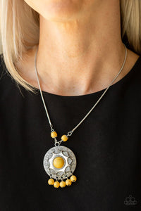 santa-fe-garden-yellow-necklace-paparazzi-accessories