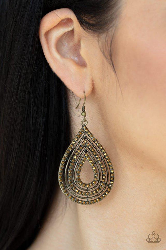 5th-avenue-attraction-brass-earrings-paparazzi-accessories