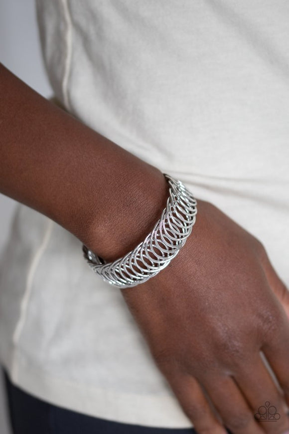 dizzyingly-demure-silver-bracelet-paparazzi-accessories