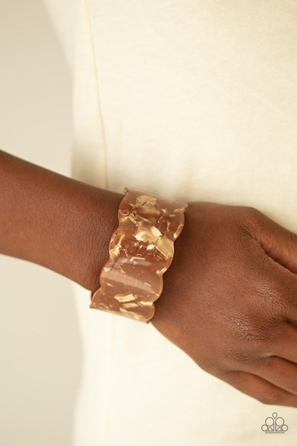 retro-ruffle-brown-bracelet-paparazzi-accessories