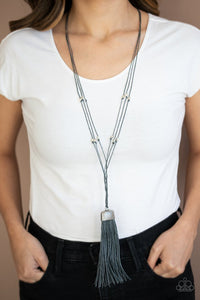brush-it-off-silver-necklace-paparazzi-accessories