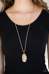 gemstone-grandeur-gold-necklace-paparazzi-accessories