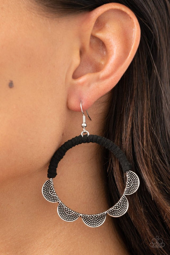 tambourine-trend-black-earrings-paparazzi-accessories