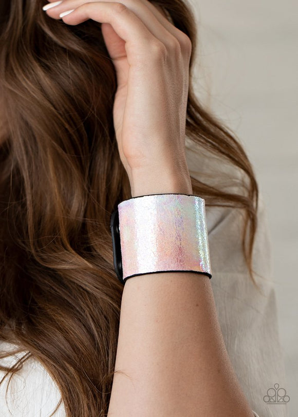 holographic-jungle-multi-bracelet-paparazzi-accessories