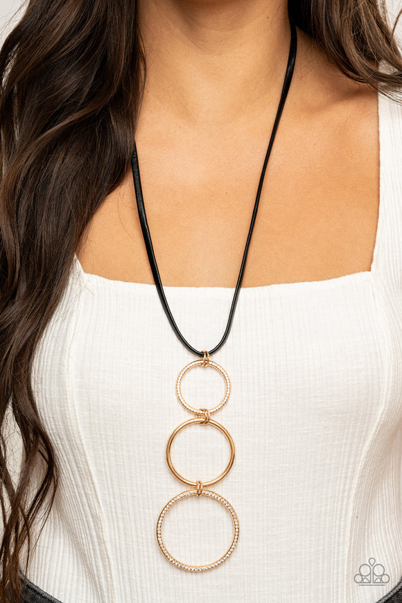 Curvy Couture - Gold Necklace - Paparazzi Accessories