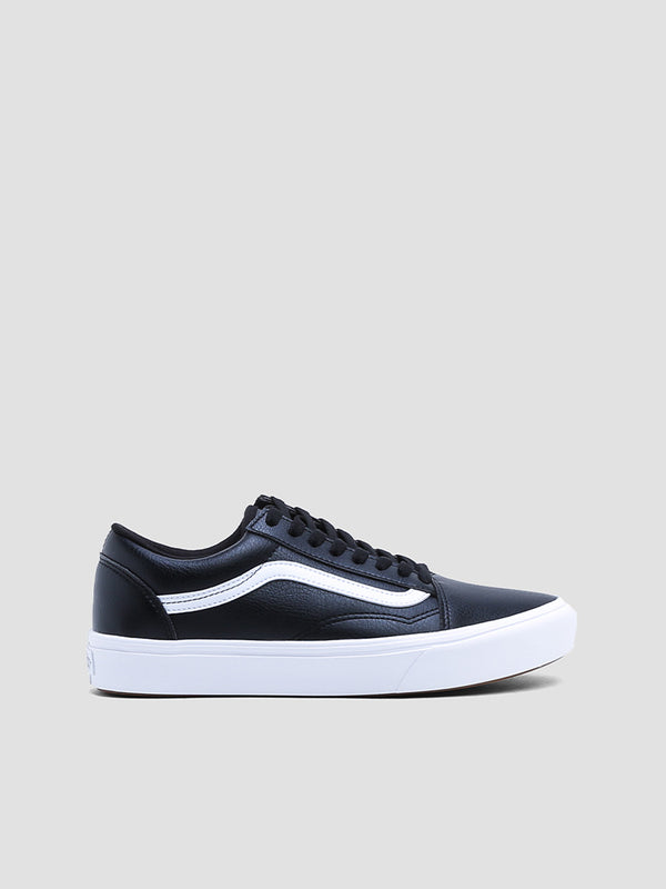 Comfycush Old Skool Leather Sneakers