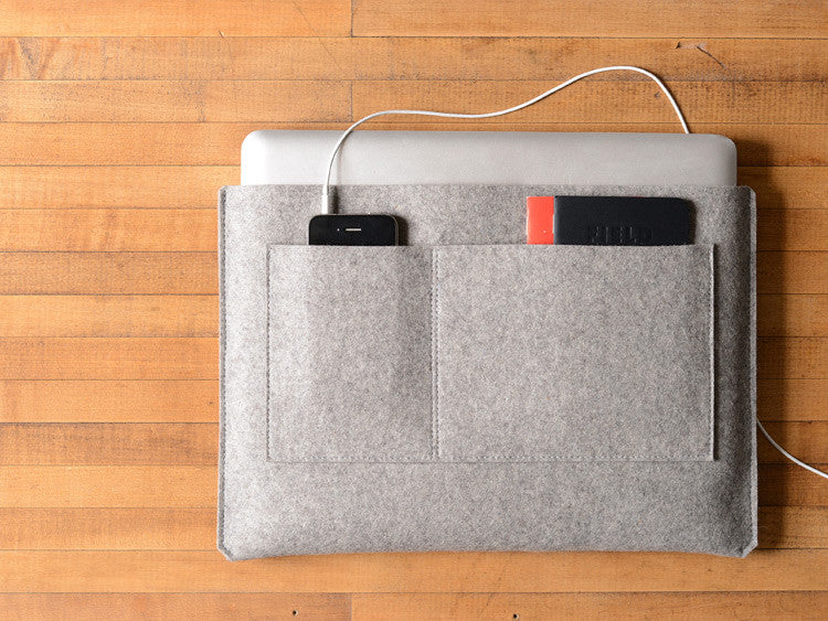 MacBook Pro/Air Carryall Bag Liner - Grey Felt by byrd & belle