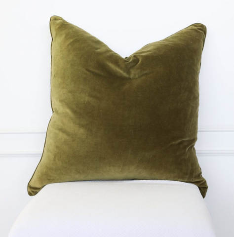 Cushion Velvet Silk Olive