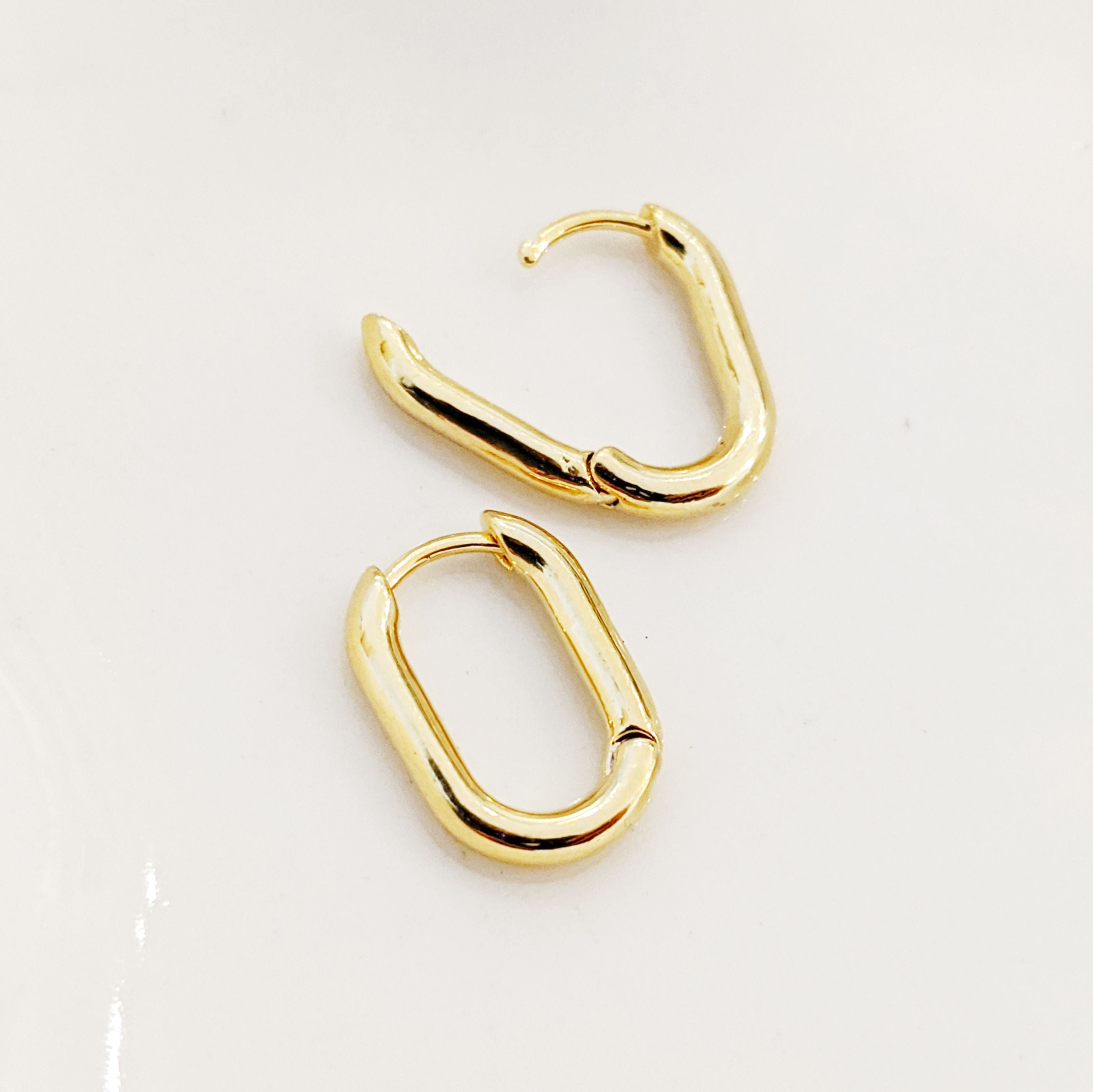 Hoop Earrings - Olia Oval Hoops - Huggers - Actual Size