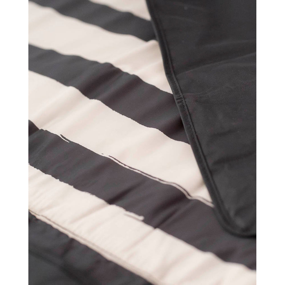 Outdoor Blanket - 1.5 x 1.5mtr | Black & White Stripe