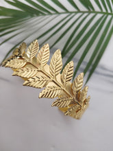 Load image into Gallery viewer, Grecian Leaf Cuff