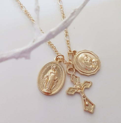 Christ Triple Pendant Necklace