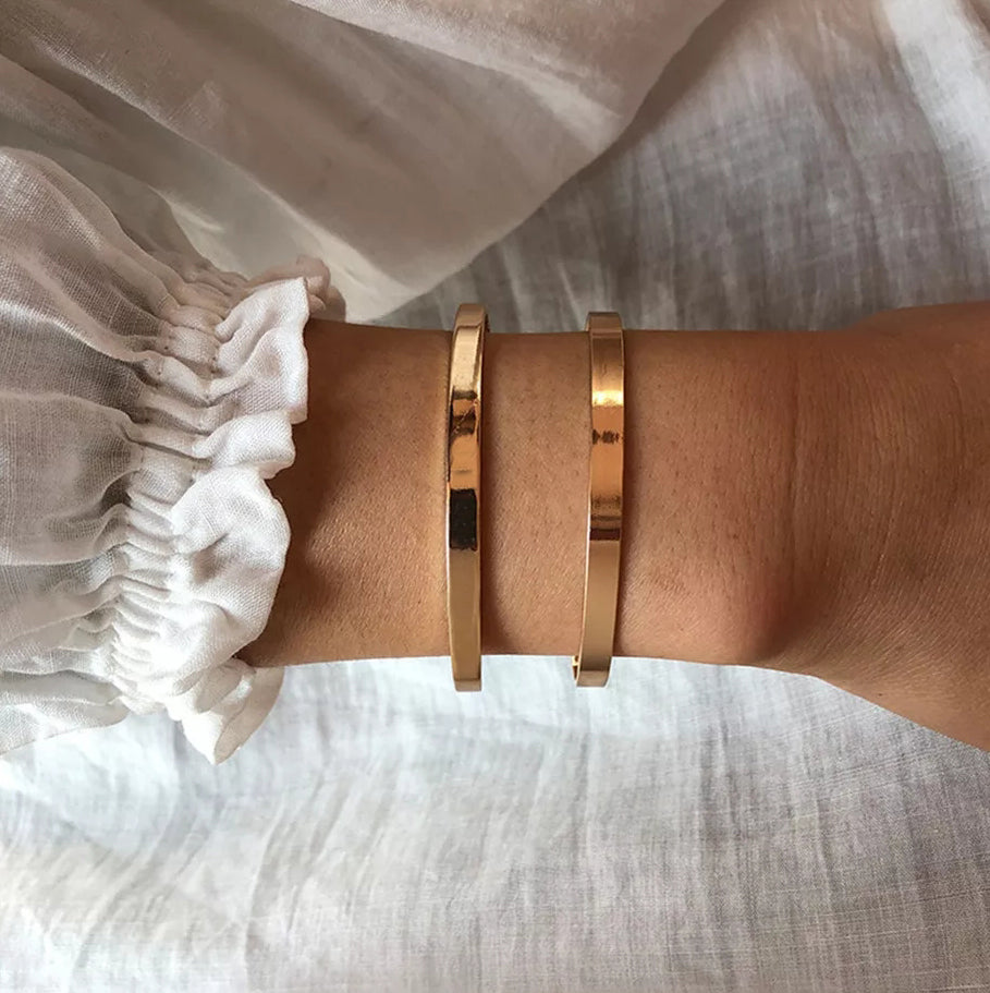 18K Gold Plated Vogue Cuff