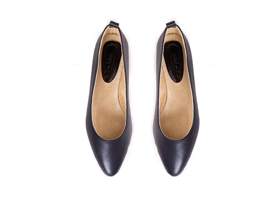 Fama - Pointed Flat