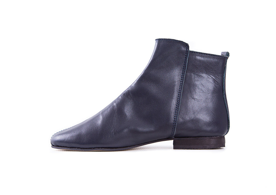 Suna Navy Leather Ankle Boot