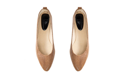 Alice - Pointed Flat