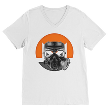 Laden Sie das Bild in den Galerie-Viewer, 👕 Monero Gasmaske Premium V-Neck T-Shirt - Best Bitcoin Shirt Shop für Deutschland, Österreich, Schweiz. Top Qualität, 3-5 Tage geliefert und Krypto, Paypal Zahlung