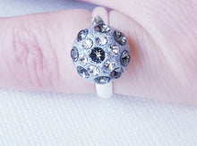 "Load image into Gallery viewer, Inel ""Diamond Sparkle"" din argint 925 cu cristale Swarovski - Cod produs IN5"