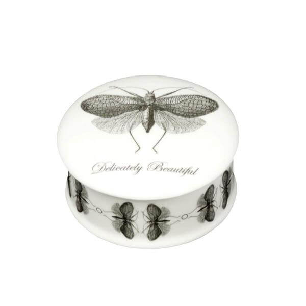 The New English:Delicately Beautiful - Trinket Box