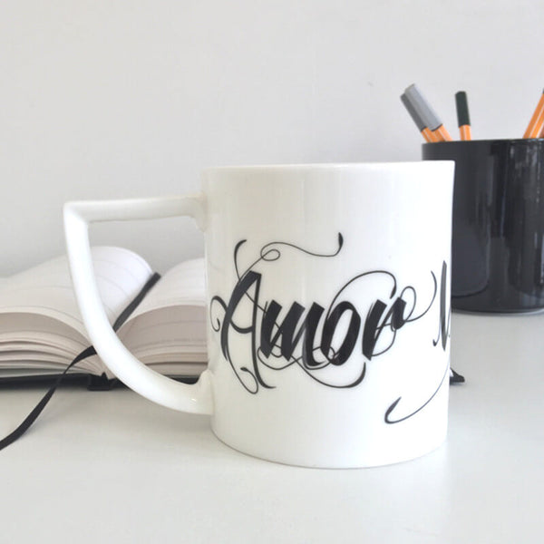 The New English:'Amor Vincit Omnia' - Love Conquers All Mug