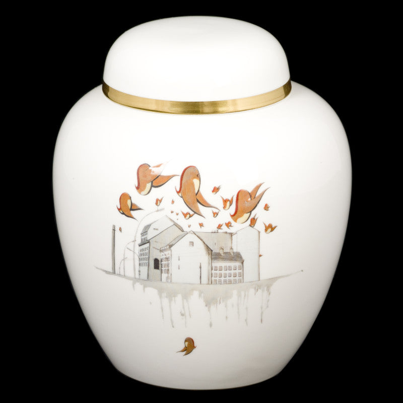 The New English:Christian Rothenhagen - Ginger Jar (22kt Gold)
