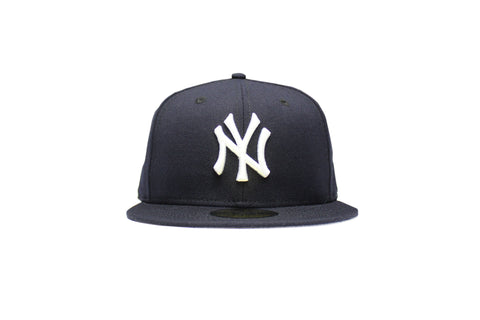 NEW ERA NEW YORK YANKEES 1999-2006 LOGO 59FIFTY FITTED CAP