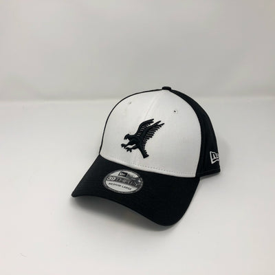 New Era 39Thirty Fitted Cap - Black on White & Black