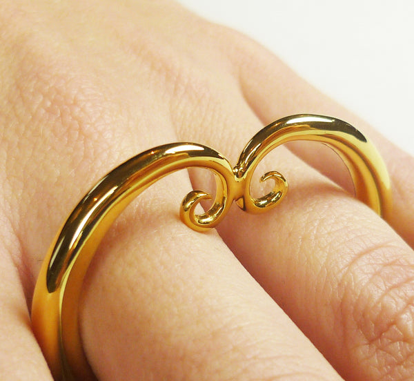Rosie Sanders Jewellery Nautilus Sterling Silver 18ct. Gold Scroll Neoclassical Knuckle Ring knuckleduster Couture London Treasure IJL Scrolls