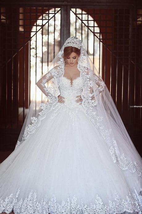 Princess Sweetheart Long Sleeve Cathedral Train Ball Gown Wedding Dress With Applique