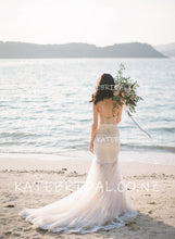 Lace Trumpet Spaghetti Strap Sweetheart Tulle Beach Wedding Dress