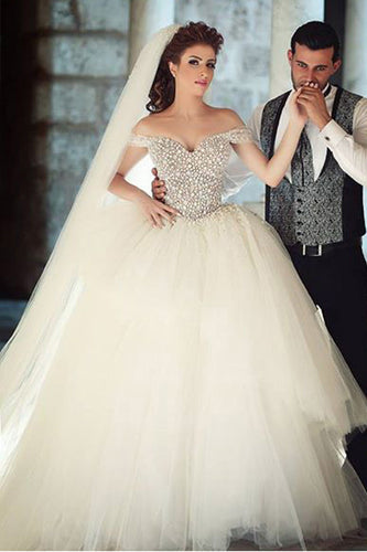 Classical Off-The-Shoulder Layered Tulle Ball Gown Wedding Dress With Beads