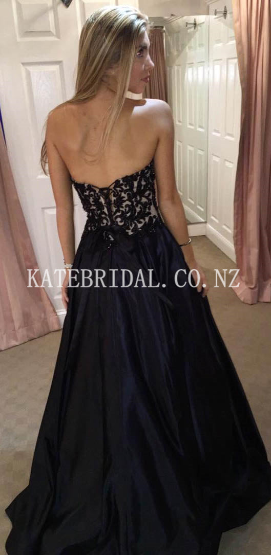 Sweetheart Strapless Sweep Train Satin Evening Dress with Applique