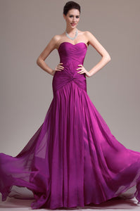 Sweetheart Sleeveless Zipper-Up Long Solid Ruched Chiffon Evening Dress with Sweep Train