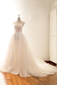 Round Neck Cap Sleeve Court Train Ball Gown Wedding Dress With Lace Applique